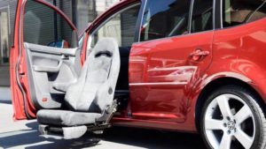 ミニバン・SUV・RVなどの運転席・助手席・セカンドシートを回転シートに